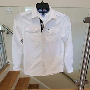 Tommy Hilfiger boy's shirt. Size M (12/14)